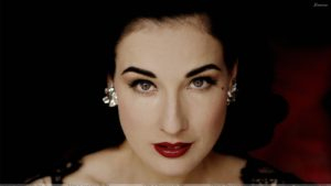 Dita Von Teese Red Lips Looking Front Cute Face Closeup